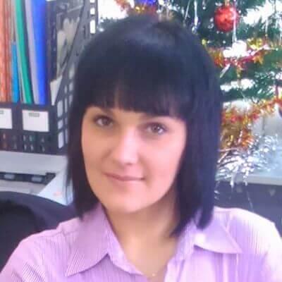 Администратор консультационного центра Добош Я